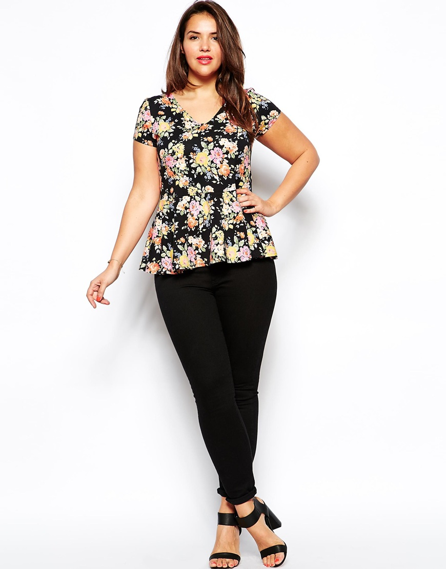 Plus Size Fashion - How To Wear Floral Prints With A Curvy Shape 7