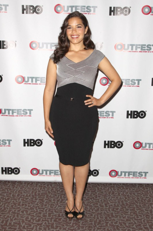 Celebrities With Curves - America Ferrera Wears Monochromatic Versace Dress