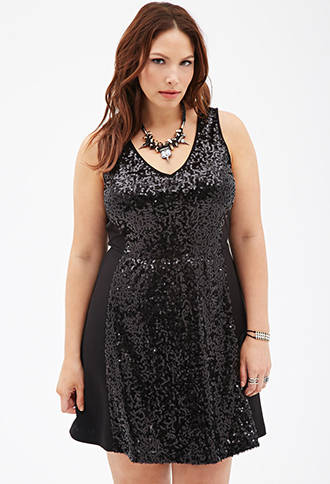 2014 Holiday Plus Size Dresses & Outfit Ideas 4